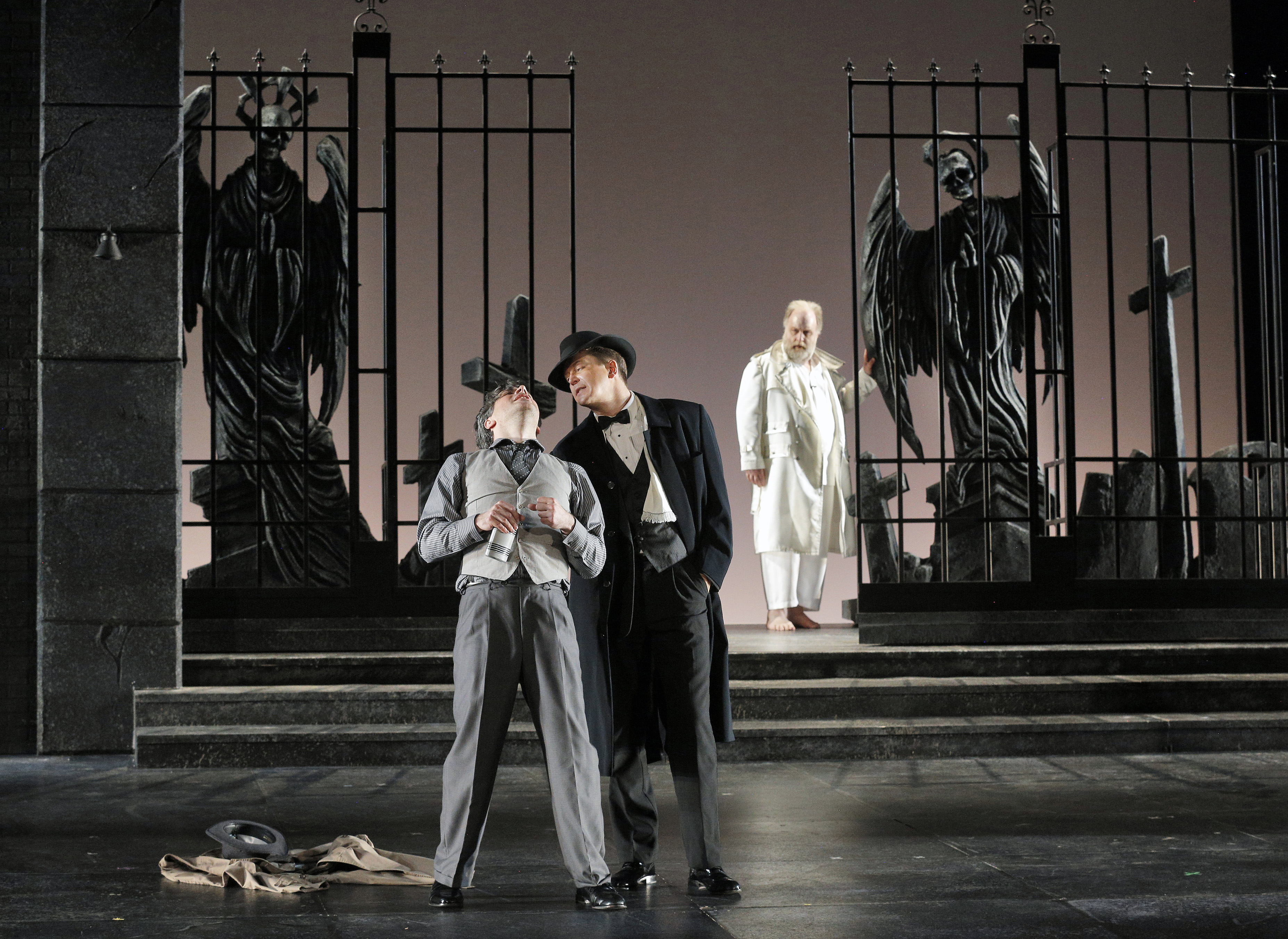 CAN'T FIGHT THIS FEELING: Lyric Opera 'Giovanni' exploits visual, emotional contrasts